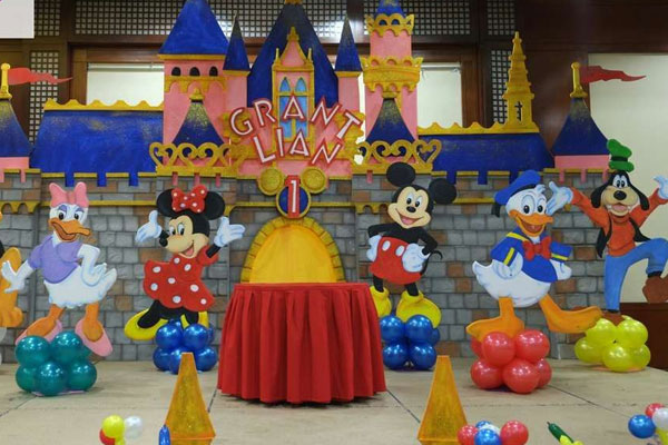 DISNEY-PARTY-THEME