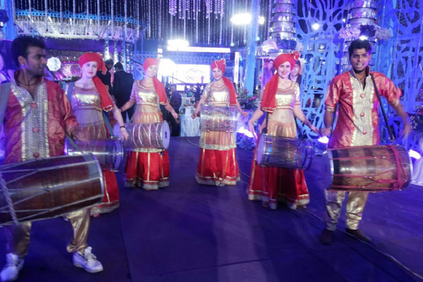 RUSSIAN-LED-DHOL